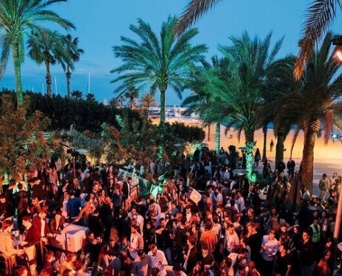 Guide District By District Where To Party In Barcelona